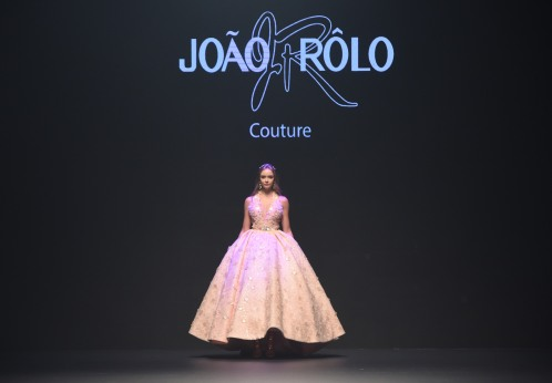 DUBAI, UNITED ARAB EMIRATES - OCTOBER 28: A model walks the runway during the Joao Rolo International show at Fashion Forward October 2017 held at the Dubai Design District on October 28, 2017 in Dubai, United Arab Emirates. (Photo by Stuart C. Wilson/Getty Images for FFWD)